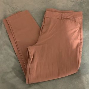 Old Navy Pixie Pants Size 16 in Blush